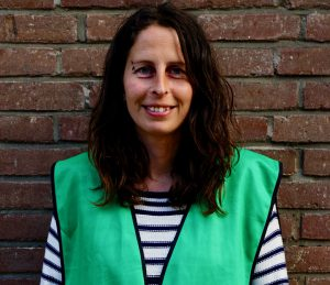 Dagmar Heidinga studied biology at the University of Groningen in the Netherlands. For ten years, she has been working for Buro Bakker, an independent ecological consulting firm, located in Assen, the Netherlands.